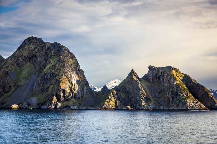 Beautiful and rocky view of northern Norway, near Alta, Finnmark. | Photo: Mateusz Fron - adobe stock - copyrighted